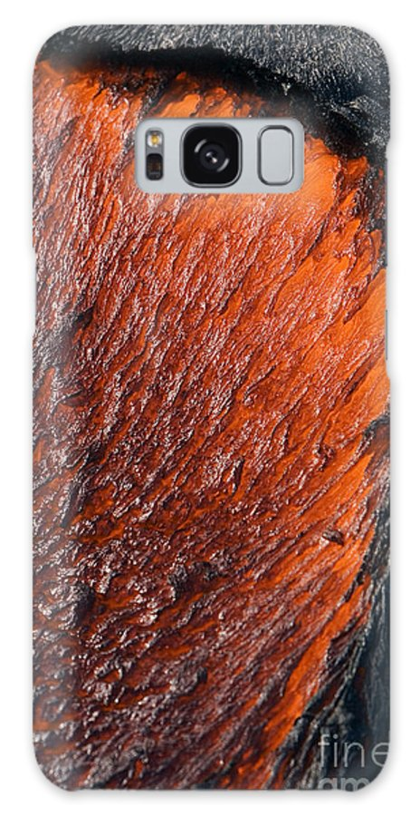 Active Galaxy S8 Case featuring the photograph Molten Pahoehoe Lava by Ron Dahlquist - Printscapes