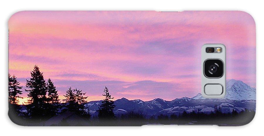 Sunrise Galaxy S8 Case featuring the photograph Mt Rainier Frosty Sunrise by Shirley Heyn