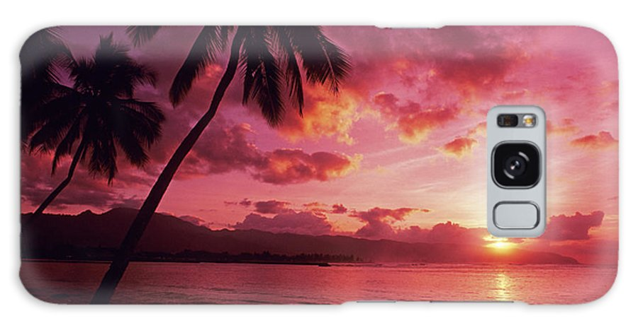 Beach Galaxy S8 Case featuring the photograph Palms Against Pink Sunset by Carl Shaneff - Printscapes