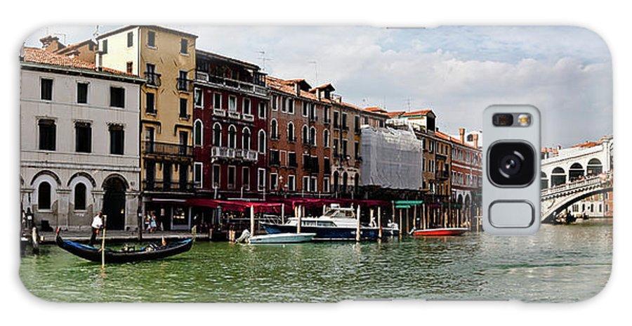 Venice Galaxy S8 Case featuring the pyrography Rialto Bridge by Nelson Mineiro