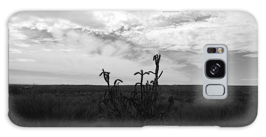 Black And White Galaxy S8 Case featuring the photograph Rio Rancho by Rob Hans