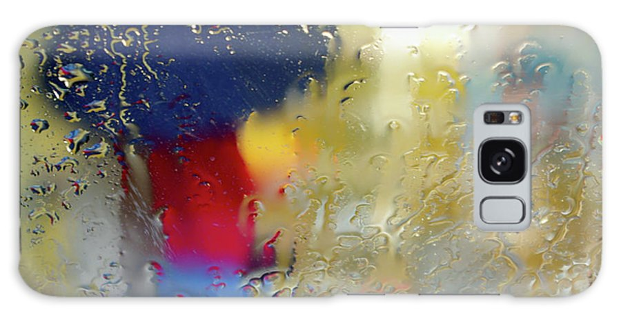 Abstract Galaxy S8 Case featuring the photograph Silhouette In The Rain by Carlos Caetano