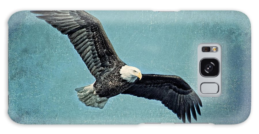 Bald Eagle Galaxy S8 Case featuring the photograph Soaring Bald Eagle by Al Mueller