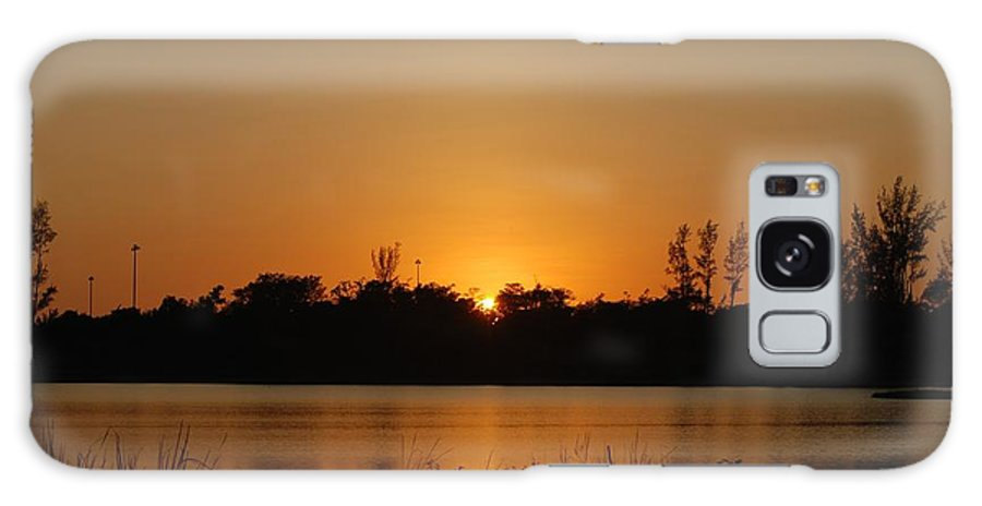 Nature Galaxy S8 Case featuring the photograph Sunset On The Edge by Rob Hans