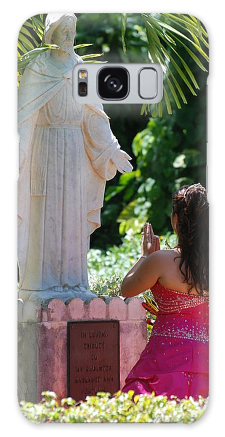 Portrait Galaxy S8 Case featuring the photograph The Praying Princess by Rob Hans