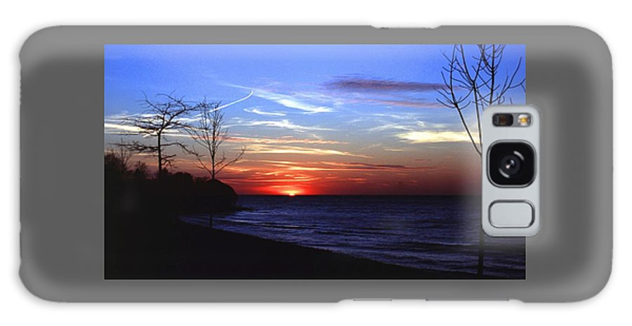 Sunset Galaxy S8 Case featuring the photograph 112601-54 by Mike Davis