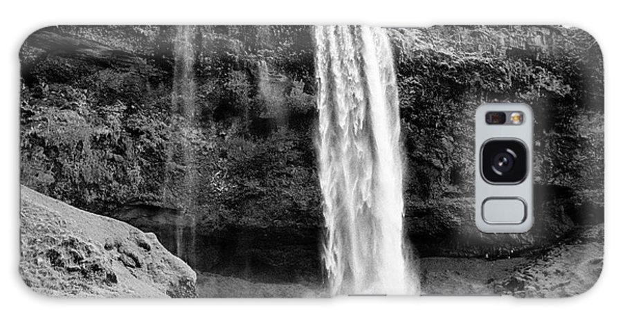 Seljalandsfoss Galaxy S8 Case featuring the photograph Seljalandsfoss Waterfall Iceland by Joe Fox
