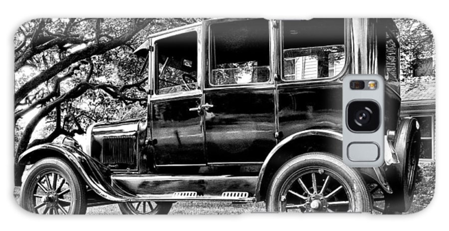 Ford Model T Galaxy S8 Case featuring the photograph 1926 Ford Model T by Bill Cannon