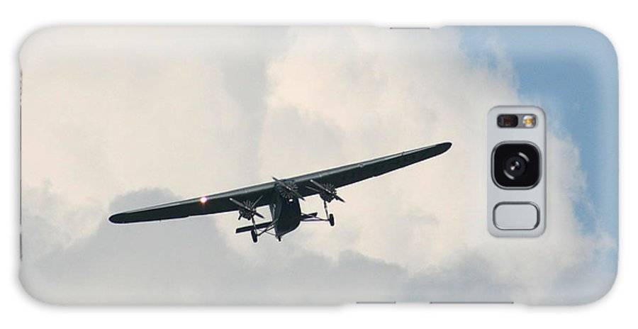 Air Galaxy S8 Case featuring the photograph 1929 Ford Tri Motor Mail Plane Incoming by David Dunham