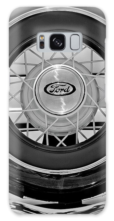 1934 Ford Roadster Galaxy S8 Case featuring the photograph 1934 Ford Roadster Spare Tire 2 by Jill Reger
