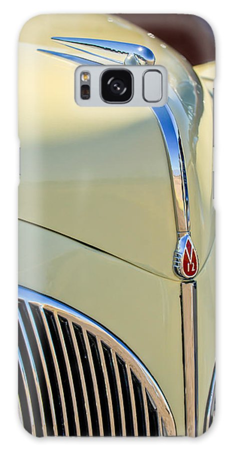 1941 Lincoln Continental Cabriolet V12 Galaxy S8 Case featuring the photograph 1941 Lincoln Continental Cabriolet V12 Grille by Jill Reger