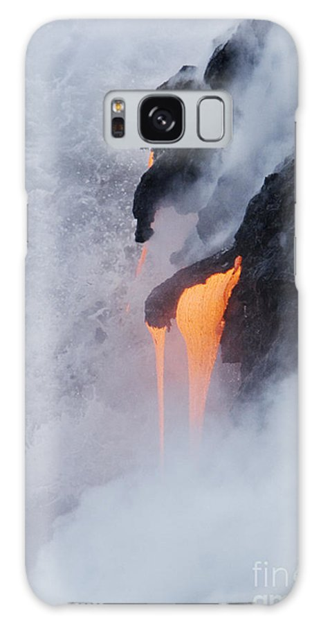 Active Galaxy S8 Case featuring the photograph Flowing Pahoehoe Lava by Ron Dahlquist - Printscapes