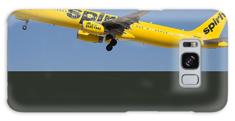 Spirit Galaxy S8 Case featuring the photograph Spirit Airline by Dart Humeston