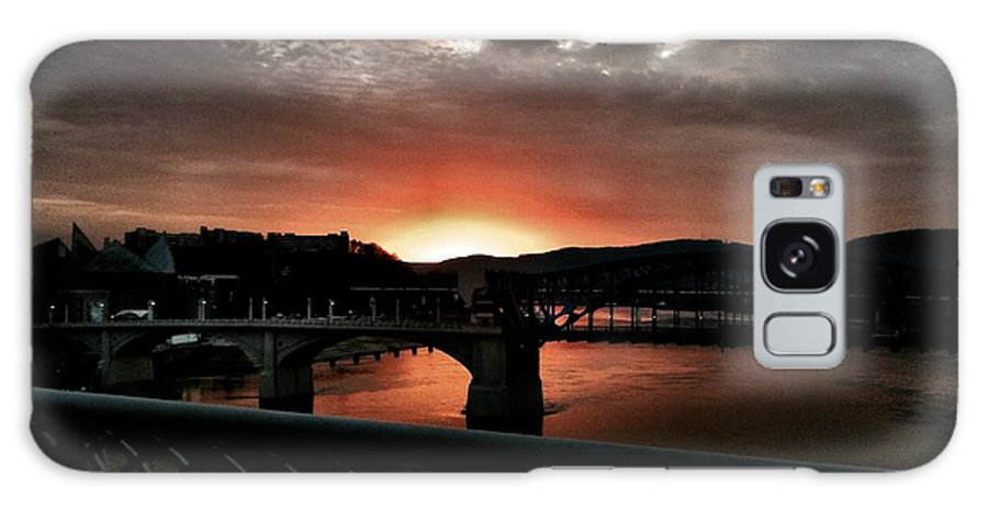 Tennessee River Sunset Sky Clouds Galaxy S8 Case featuring the photograph Tennessee River Sunset by Roland Millsaps