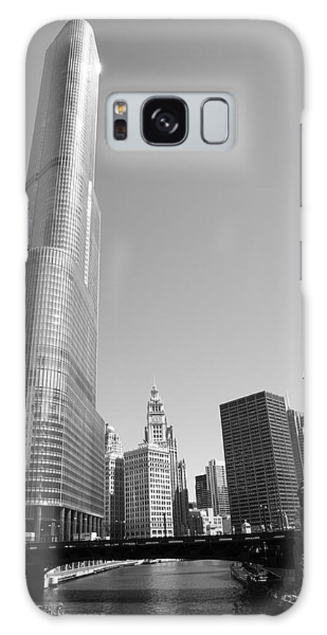 America Galaxy S8 Case featuring the photograph Chicago River And Skyline by Frank Romeo