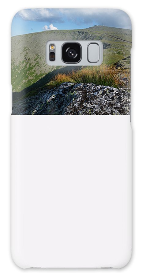 White Mountains Galaxy S8 Case featuring the photograph Mount Washington New Hampshire Usa by Erin Paul Donovan
