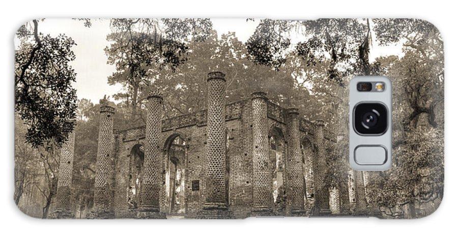 Old Sheldon Church Galaxy S8 Case featuring the photograph Old Sheldon Church Ruins by Dustin K Ryan