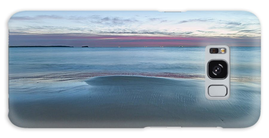 Cabbage Tree Harbour Galaxy S8 Case featuring the photograph Daybreak Seascape by Merrillie Redden