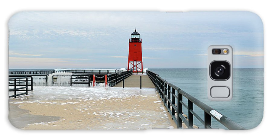 Charlevoix South Pier Lighthouse Galaxy S8 Case featuring the photograph End Of The Pier by Linda Kerkau