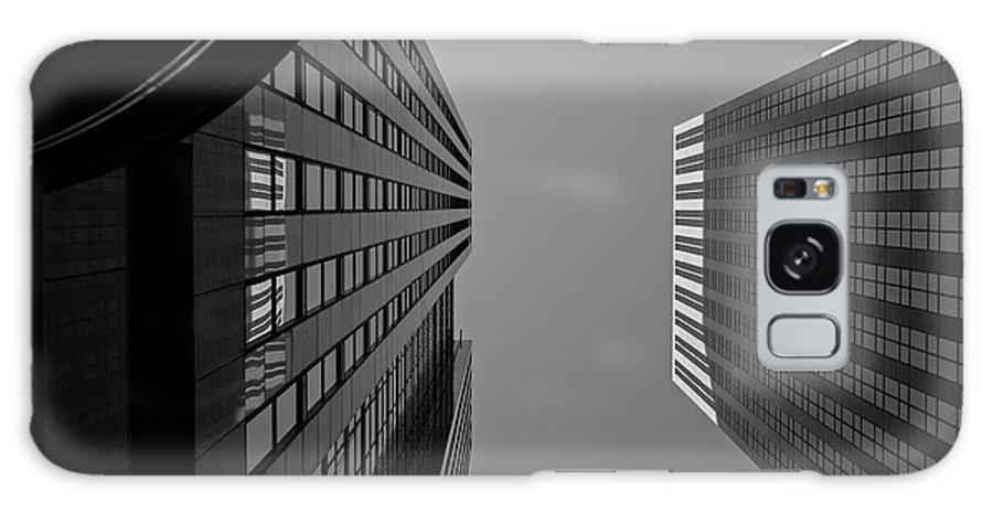 Architecture Galaxy S8 Case featuring the photograph Abstract Architecture - Toronto by Shankar Adiseshan
