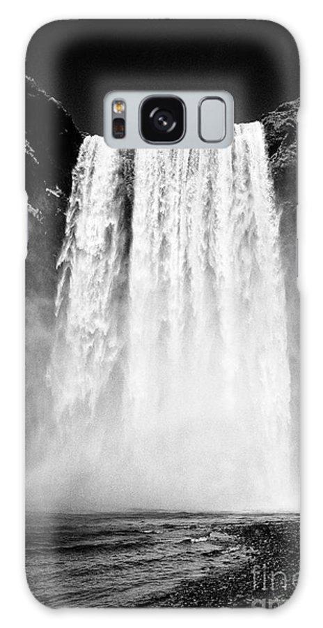 Skogafoss Galaxy S8 Case featuring the photograph Skogafoss Waterfall In Iceland by Joe Fox