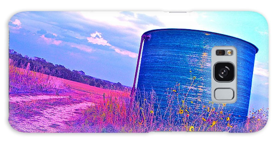 Oil Storage Tank Galaxy S8 Case featuring the photograph Abandoned Oil Storage Tank by Chuck Taylor