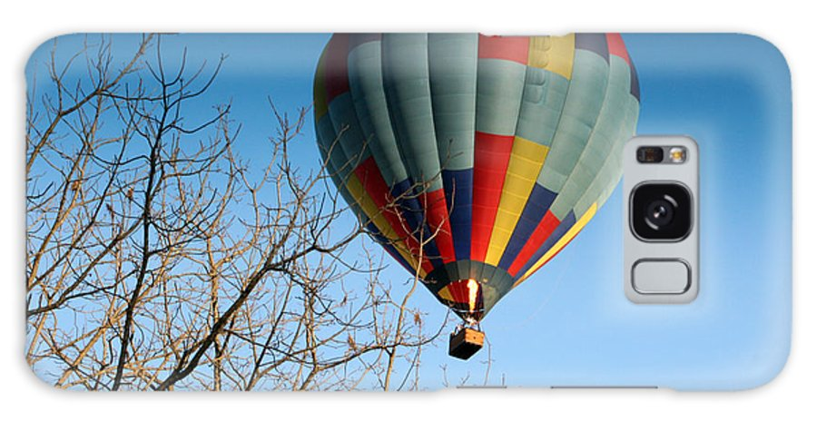 Hot Air Balloon Galaxy S8 Case featuring the photograph Above The Tree Tops by George Jones