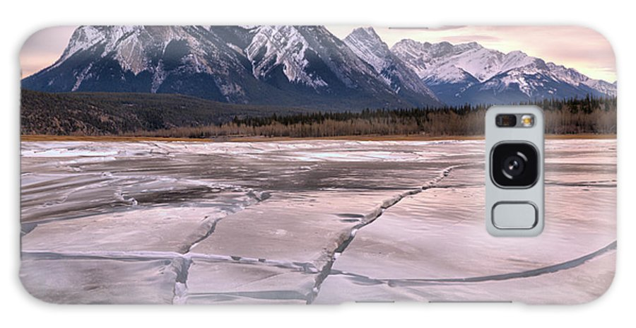 Abraham Lake Galaxy S8 Case featuring the photograph Abraham Lake Ice Sheets by Adam Jewell