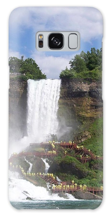 Niagra Falls Galaxy S8 Case featuring the photograph American Falls At Niagra by Laurie Paci