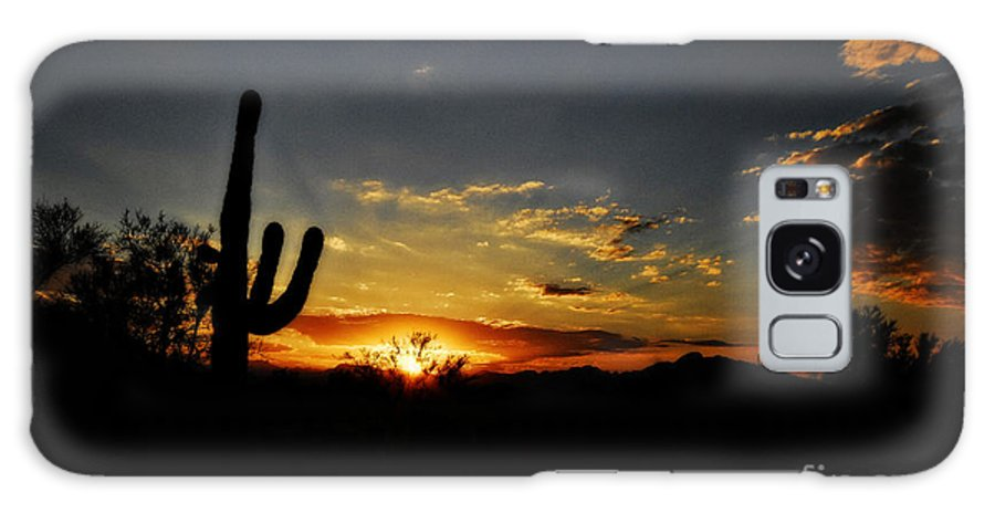 Arizona Galaxy S8 Case featuring the photograph An Arizona Sunrise by Saija Lehtonen