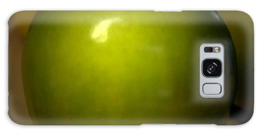 Green Apples Galaxy Case featuring the photograph Apple by Linda Sannuti