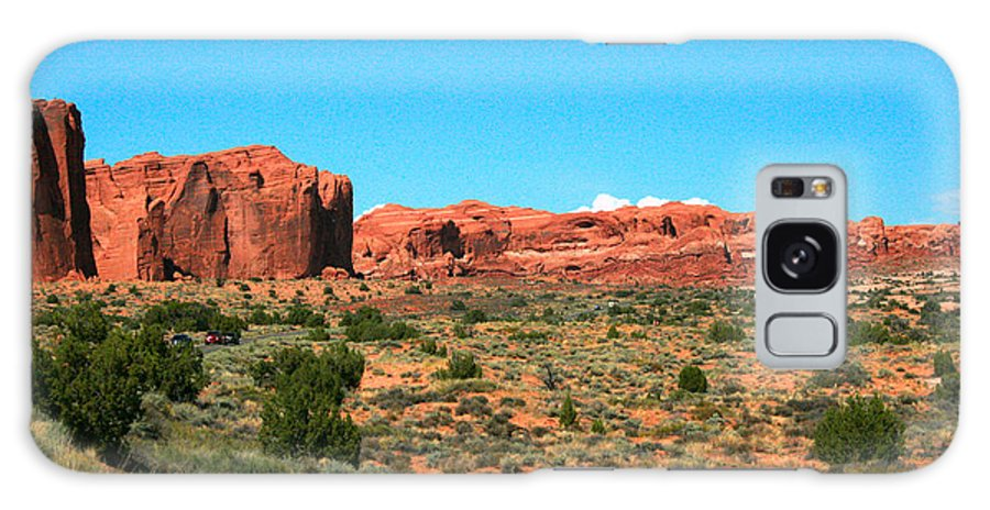 Arches National Park Galaxy S8 Case featuring the painting Arches National Park In Moab, Utah by Corey Ford