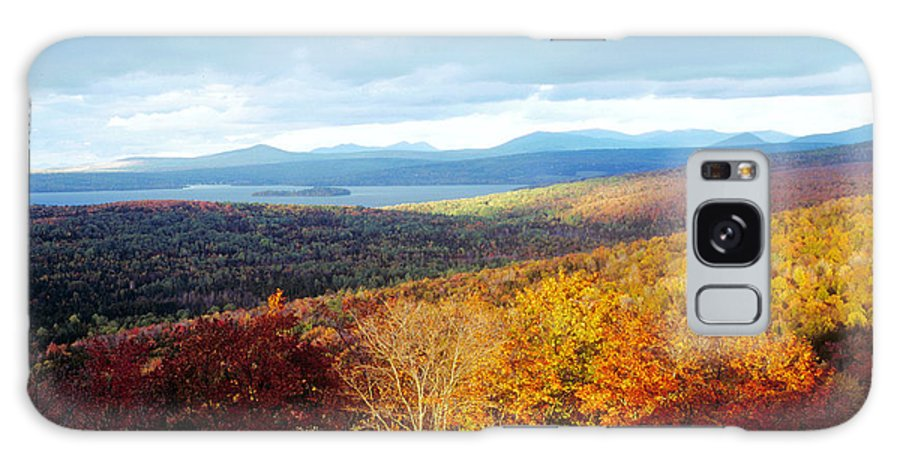 Rangeley Galaxy S8 Case featuring the photograph Autumn In Rangeley by Tim Canwell