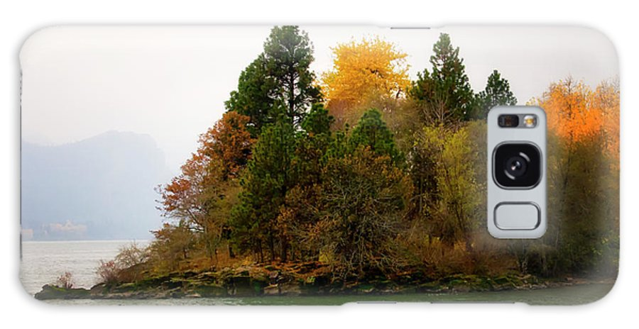 Galaxy S8 Case featuring the photograph Autumn On The Columbia by Albert Seger
