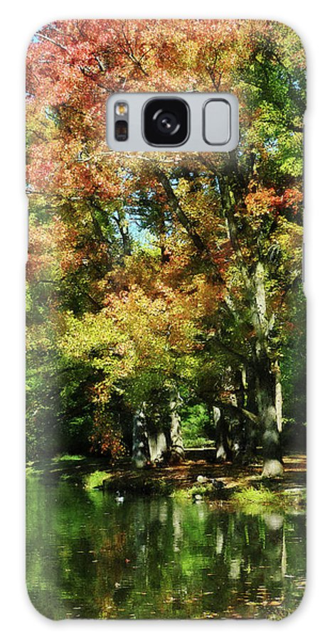 Lake Galaxy S8 Case featuring the photograph Autumn Reflections by Susan Savad