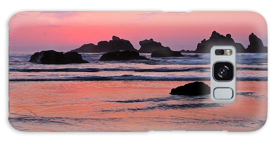 Bandon Beach Sunset Galaxy S8 Case featuring the photograph Bandon Beach Sunset Silhouette by Jean Noren