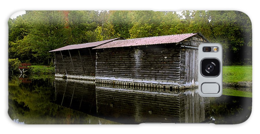 Barge House Galaxy S8 Case featuring the painting Barge House On The Erie Canal by David Lee Thompson