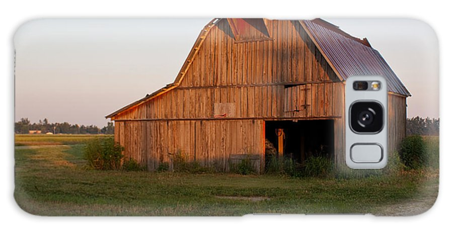 Barn Galaxy S8 Case featuring the photograph Barn At Early Dawn by Douglas Barnett