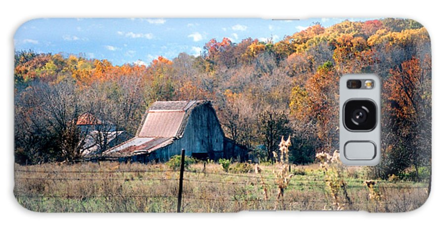 Landscape Galaxy Case featuring the photograph Barn In Liberty Mo by Steve Karol