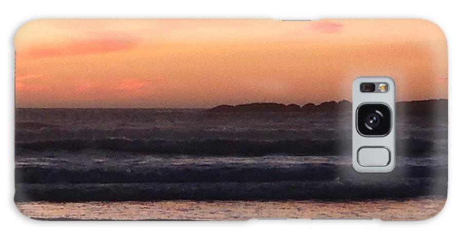 Sunset Galaxy Case featuring the photograph Beach sunset by Shari Chavira