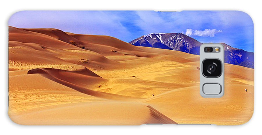 The Dunes Galaxy S8 Case featuring the photograph Beauty Of The Dunes by Scott Mahon
