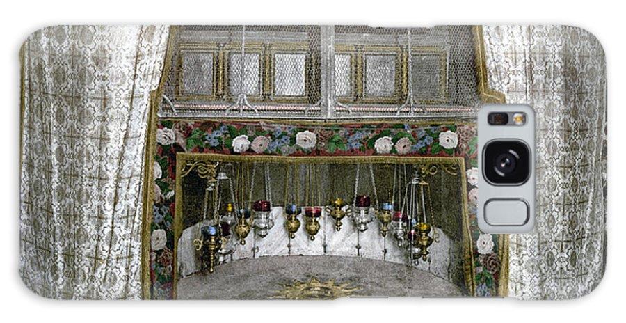 Nativity Galaxy S8 Case featuring the photograph Bethlehem - Nativity Star 1890 by Munir Alawi