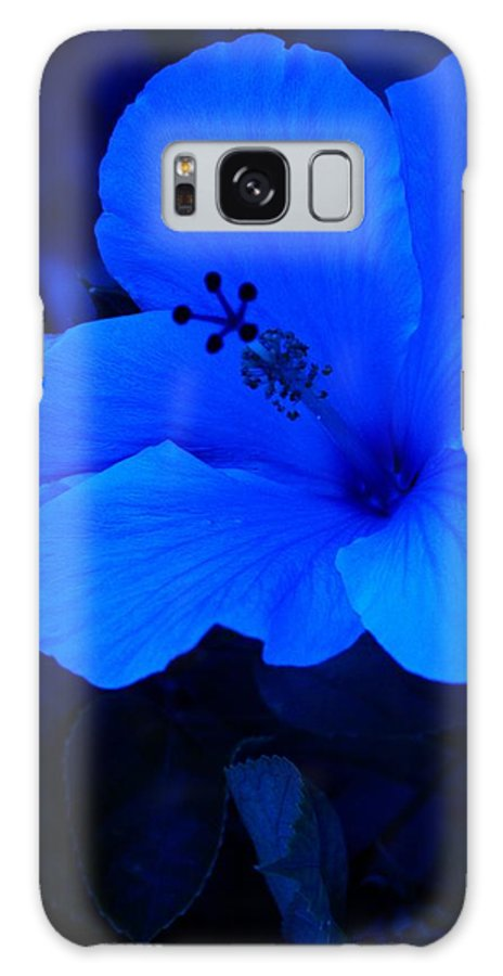 Abstract Galaxy S8 Case featuring the digital art Big Blue Hibiscus by Florene Welebny