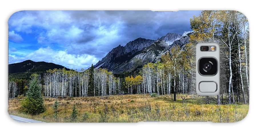 Animals Galaxy S8 Case featuring the photograph Bow Valley Parkway Banff National Park Alberta Canada by Wayne Moran