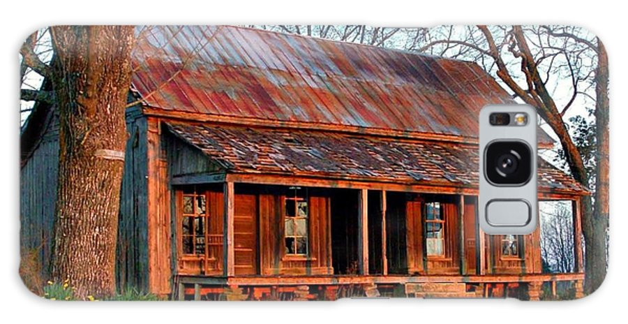 Old House Galaxy S8 Case featuring the photograph Breezeway by Brad Lindsey