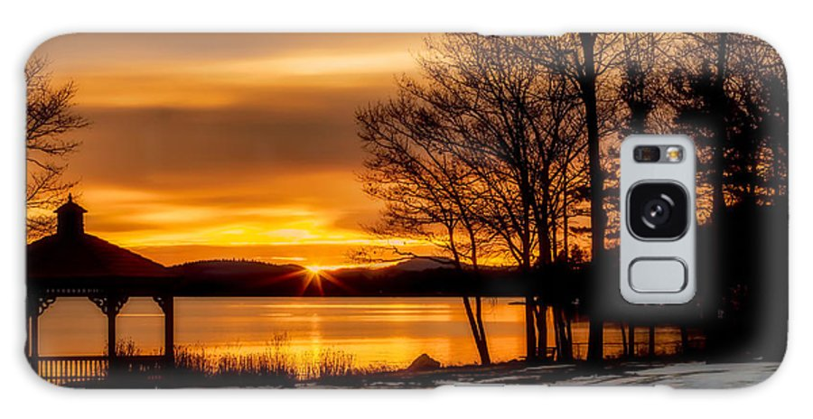 Winnipesaukee Galaxy S8 Case featuring the photograph Bronze Winter Dawn by Stephen Anthony