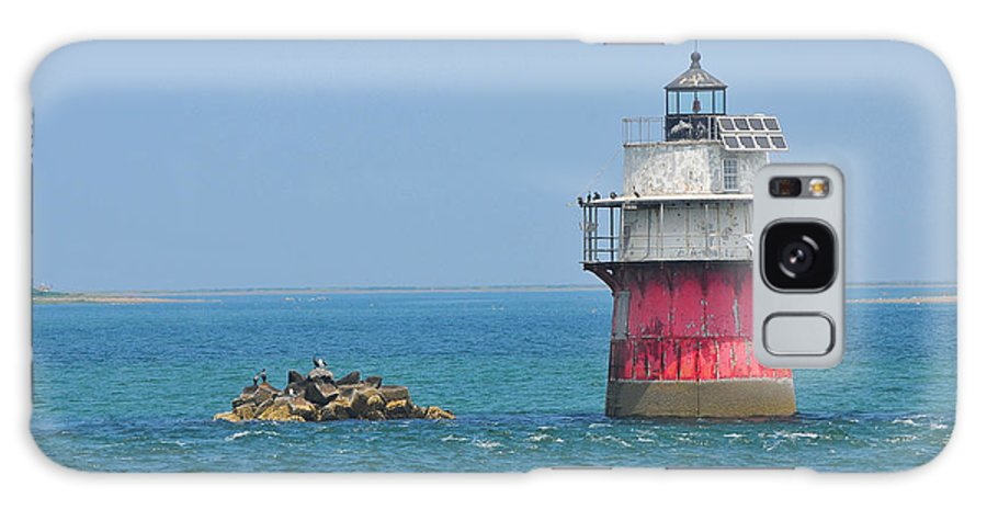 Plymouth Ma Photograph Galaxy S8 Case featuring the photograph Bug Light by Catherine Reusch Daley