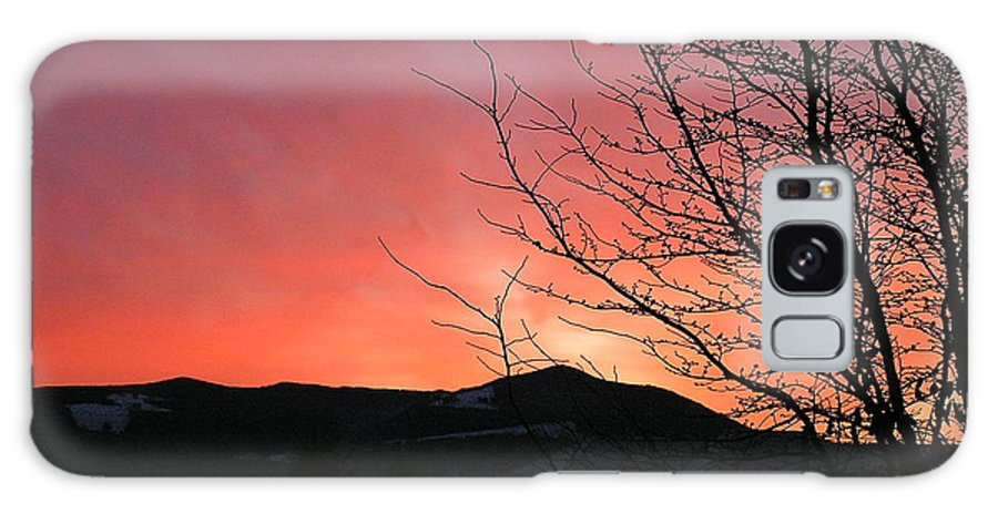 Sunrise Galaxy S8 Case featuring the photograph Burlington Sunrise by Louise Magno