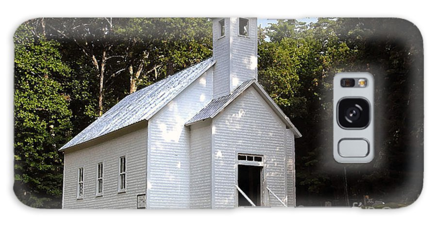 Baptist Galaxy S8 Case featuring the photograph Cades Cove Baptist Church by David Lee Thompson