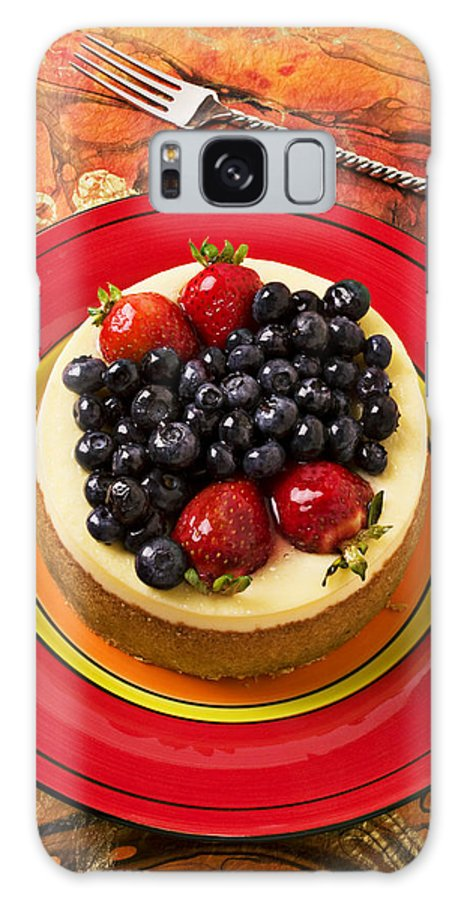 Fruit Galaxy S8 Case featuring the photograph Cheesecake On Red Plate by Garry Gay